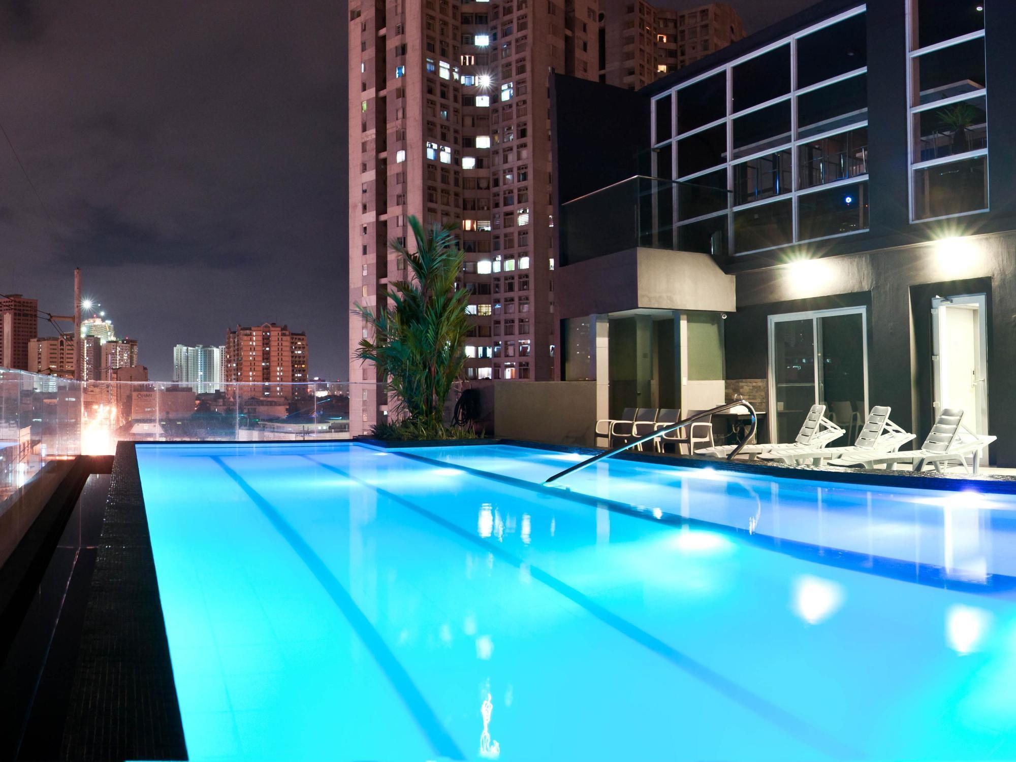 JADE HOTEL & SUITES, MANILA **